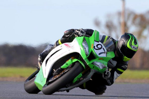 Luke Horewood on a stunning ZX10R